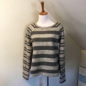 >> Lou & Grey Striped Sweater S